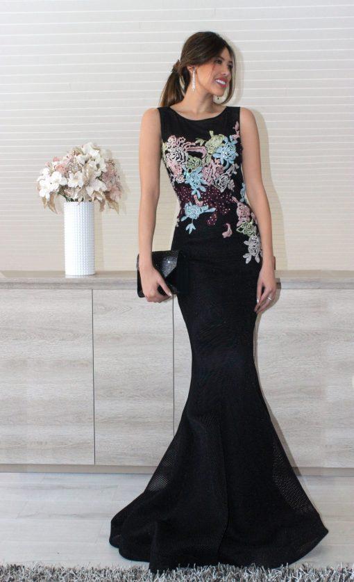 Vestido de fiesta largo bordado con flores