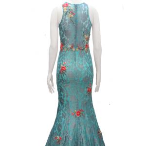 vestido de fiesta largo con flores