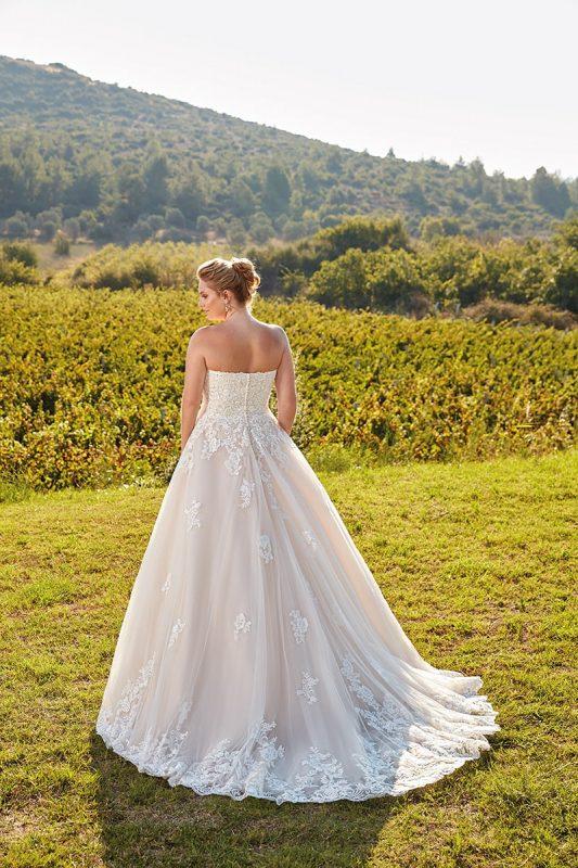vestio de novia talla grande color champaña