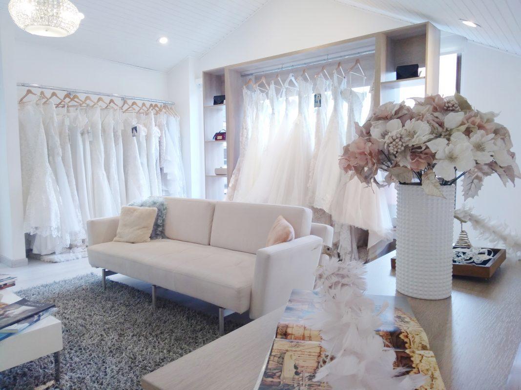alquilar de vestido de novia en Aura Novias