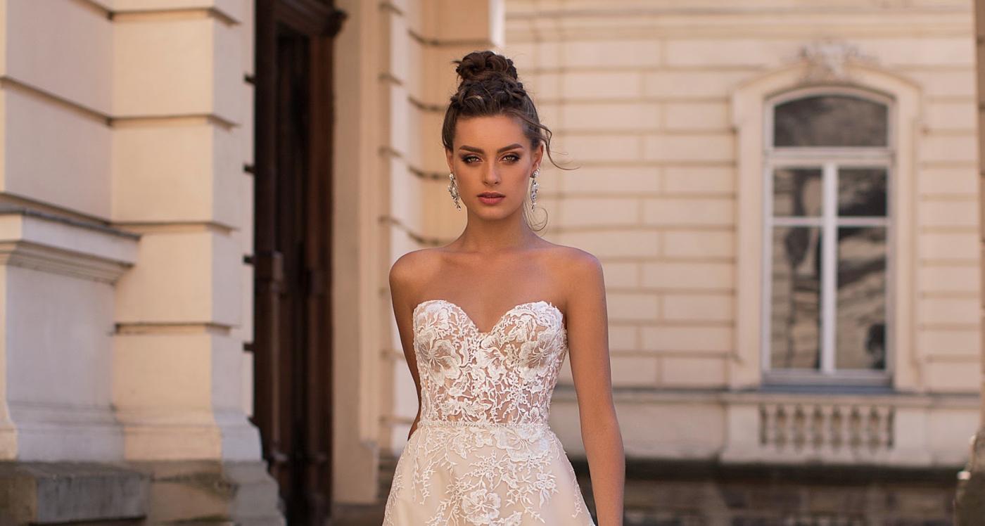 vestido de novia con escote corazón