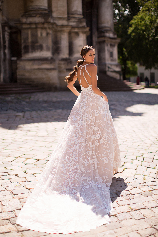 Vestido de Novia bogota con espalda descubierta