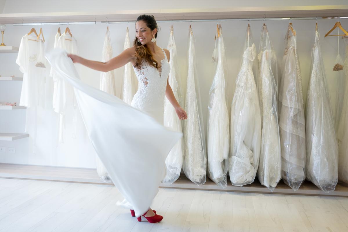 Separar vestido de novia para alquiler