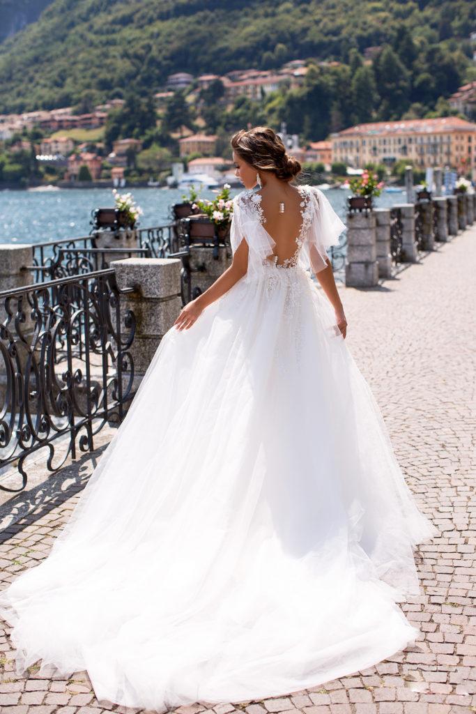 vestido de novia con mangas disponible para alquiler en bogota colección 2020