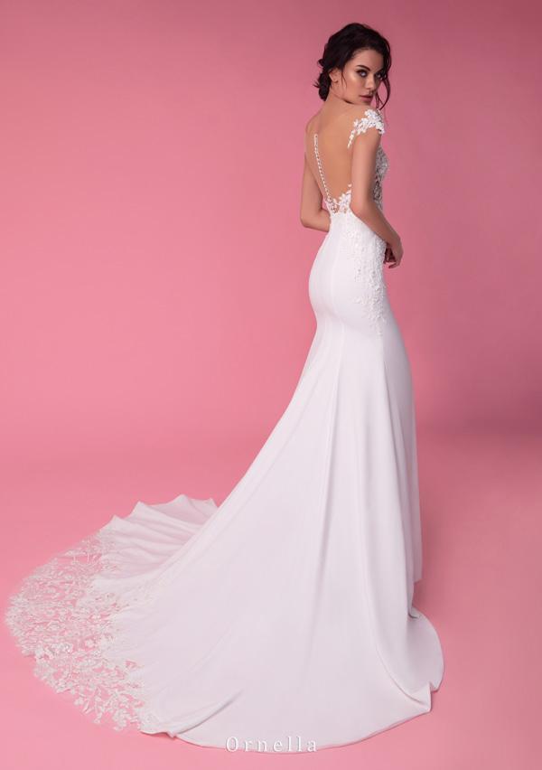 vestido de novia estilo sirena sencillo disponible para alquiler en bogota