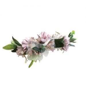 tocado para novias de flores moradas